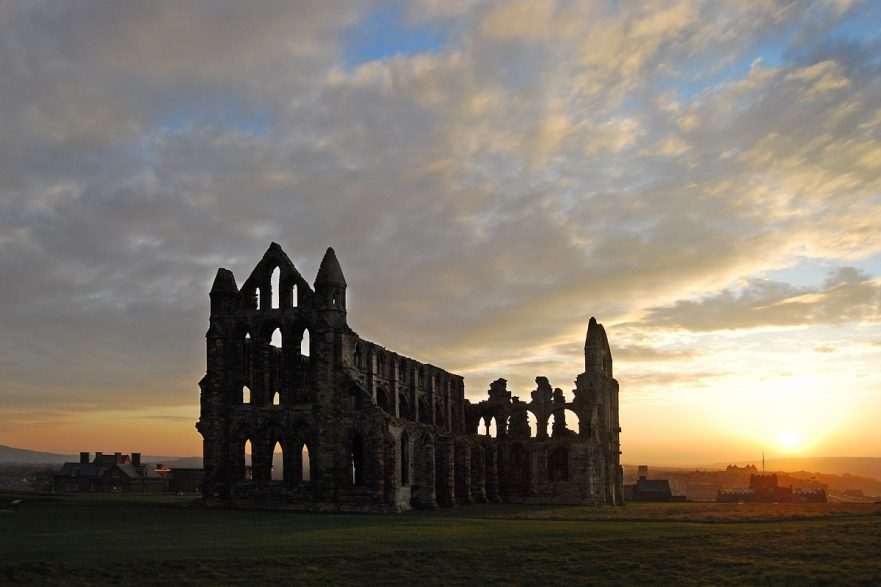 Whitby Abbey (iconic structures in Yorkshire) - Wikimedia Commons - Ackers72